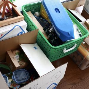 【屋根裏収納の片付け】子どものものや親のもの。捨てたものと残したものの記録。