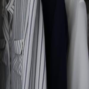 【わたしの服の減らし方】クローゼットがここまでシンプルになりました。