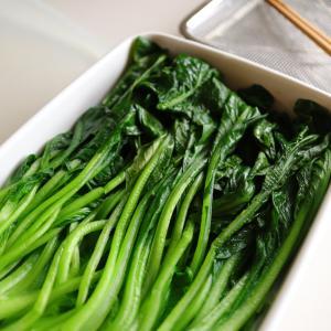 【常備食材リレー】「茹でただけの小松菜」がとにかく便利なのでおすすめします!