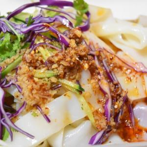 天山路の新疆料理 耶里夏丽新疆餐厅