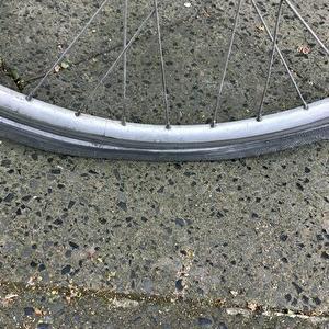 【ドイツ】パンクの自転車、残念ながら入院。修理費用は・・・。
