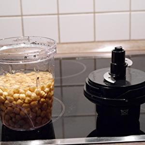 【ドイツ】ひよこ豆で豆腐作りに挑戦したが・・・。