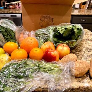 ローカルファームオーガニック野菜宅配サービス