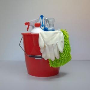 【夏の大掃除】床のベタベタとザラザラを一掃!夏だからこそ、大掃除!