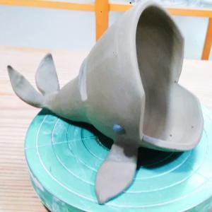 クジラのようなスピーカーを作成中