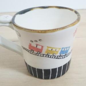 汽車の線彫り象嵌マグカップ