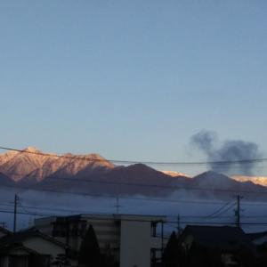常念岳も雪化粧
