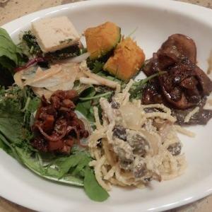今週の臨時休業のおしらせ と 10月12日13日 食いしん坊さんの 秋の味覚大放出マルシェ 開催