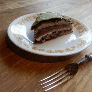 本日のケーキ 一期一会 と グルテンフリーパスタのテイクアウト可能
