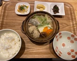 函館 『石窯ピッツァと、和食と酒 そる』