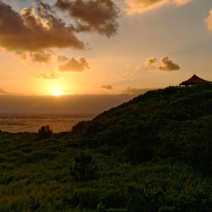 朝日の玉取崎 (沖縄県 石垣島)