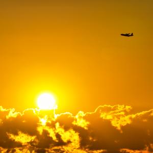 多摩川上空を飛ぶ スーパーハーキュリーズ (東京都 日野市)