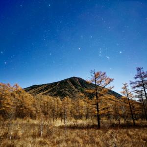 星がまたたく戦場ヶ原の風景 (栃木県 日光市)
