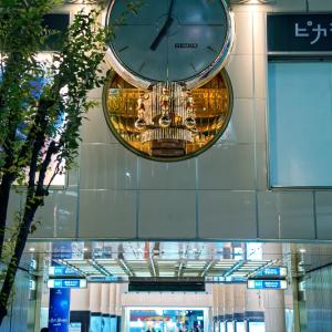19時の有楽町マリオンクロック (東京都 千代田区)