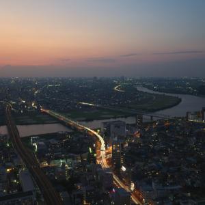 ザ・マジックアワー 夕暮れの江戸川の風景(千葉県 市川市)