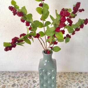 これは、使える100匀の花瓶