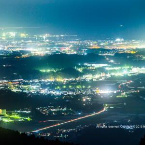 朝焼けと宮崎市街地の夜景