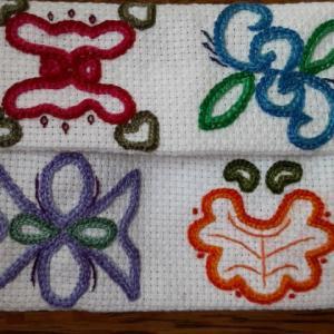 花のエンブレムの刺繡 第2彈