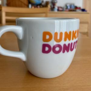 リサイクルショップでDUNKIN' DONUTSのマグカップ見つけた!
