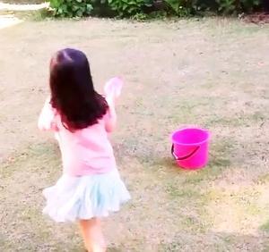 セリアの水遊びグッズ