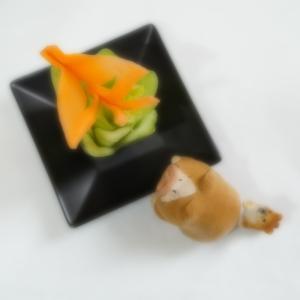 にんじん&青梗菜のカービング~蝶々とバラ