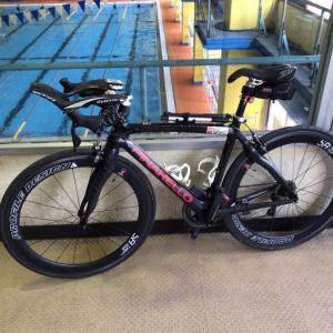 本日はセミロングで自転車です‼️
