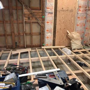 昭和の住宅再生 ⑮根太組床とシステムバス 途中経過