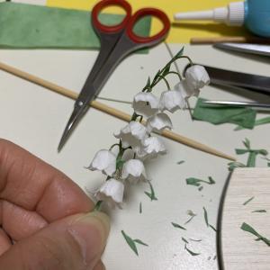 紙で作るには難易度が高いお花、、、それは、、、