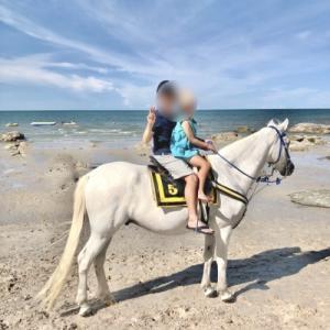 【子連れホアヒン2泊3日】⑤ホアヒンビーチで馬に乗る / タイで最も美しい駅「ホアヒン駅」