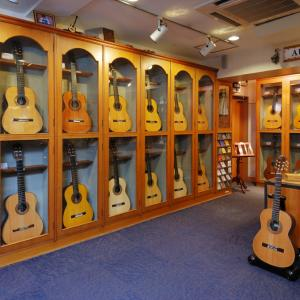ギターを選ぶ