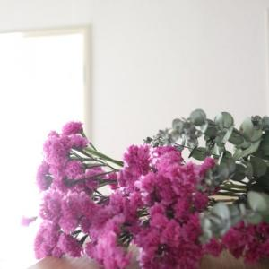 無印良品で密かにリピするもの。ズボラな私でも叶った!花のある暮らし