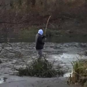 エライ釣り人