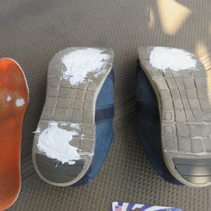 スニーカーの補修