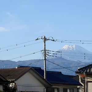 富士が雪化粧
