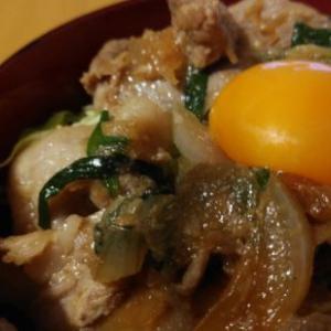三味一体のスタ丼