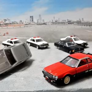 【自動車事業部】西部警察の車でジオラマ製作【改】って・・・もパトカー増やしただけなんですが(^^;