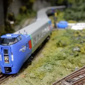 【Nゲージ鉄道模型】<入線整備>KATO10-476 JR北海道キハ283系「スーパーおおぞら」6両基本セットパーツ取付と方向幕貼付け作業施工しましたヽ(=´▽`=)ノ