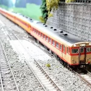 【Nゲージ鉄道模型】<国鉄名車両列伝シリーズ>KATO キハ58系いいで・ざおう28−235 カプラーセットキハ58を使って当鉄道の難所?S字カーブ区間をようやく克服しました!【全車両に適用編】(^^ゞ