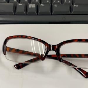 セリア老眼鏡