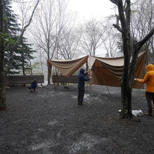 雨にも負けず焚火キャンプ。ニュー田代オートキャンプ場。
