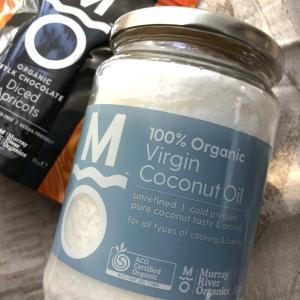 ココナッツオイル使っていますか?