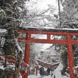 京都貴船神社の冬景色