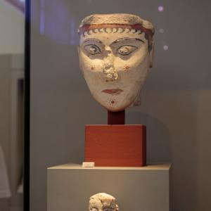面 アテネ国立考古学博物館より -3-
