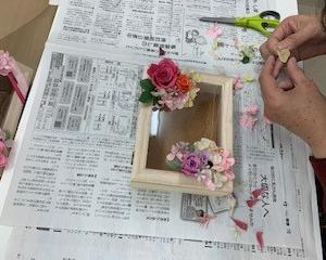 12/10【北野田】プリザーブドフラワーで彩るコレクションケース講座
