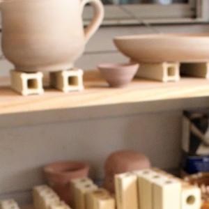 雨の日は陶芸