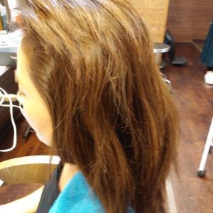 髪質改善トリートメントが好評です!!