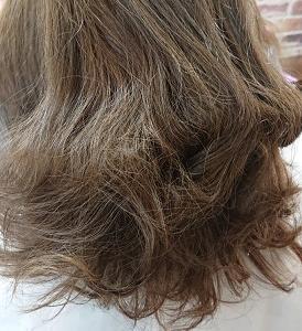 今、店の推しの髪質改善トリートメントと髪質改善ストレート