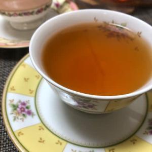オーガニックの和紅茶で。