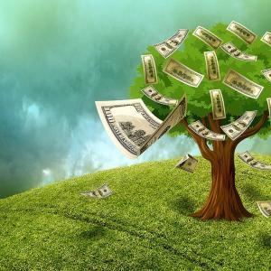 お金は貯めるのも難しけど、使うのも難しいかも。