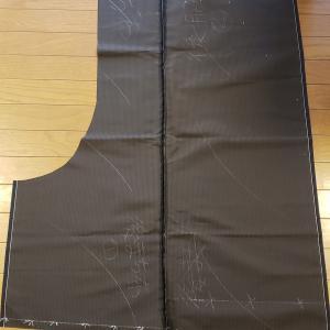袴 縫ってます